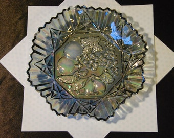Federal Glass Company Pioneer Carnival Glass Bowl in Smokey