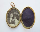 Sale- Antique (1910) Edwardian LOVERS LOCKET with original antique photo of couple 9KT Gold