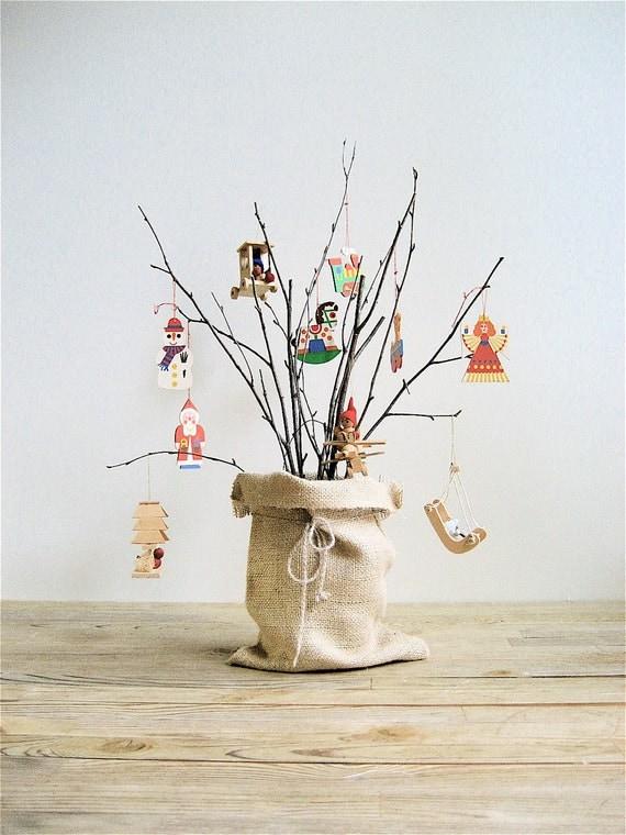 Vintage Wooden Ornaments 93