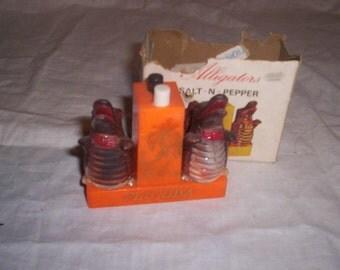 vintage salt pepper shakers alligators