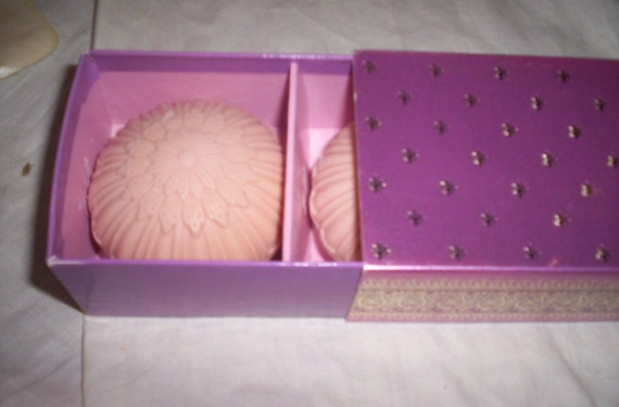 avon elusive 3 perfumed soaps never used