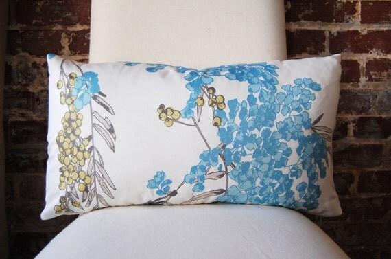 Lantern - 14 x 24 lumbar - Designer Pillow - Decorative Pillow - Throw Pillow