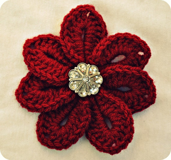 Crochet Flower Red Croco Flower Brooch With A Crystal Vintage Style Button