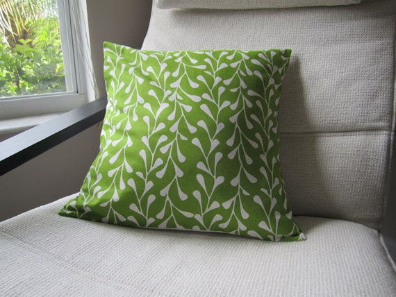 Green vine pillow covers