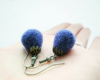 Felt Plum Drop Earrings - Needle Felted Purple Tear Earrings