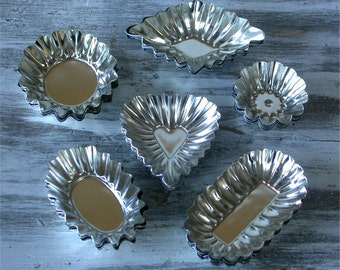 Norpro Fancy Tart Molds - Set of 36 Mini Tartlette Pans - for Mini Quiche - Chocolate Cups - Candle or Soap Making - Lots of Uses!
