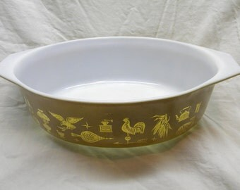 Vintage Pyrex, Early American Casserole Dish