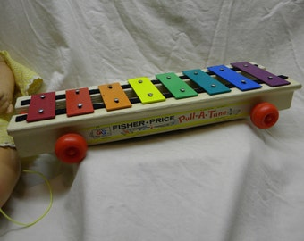 Vintage Fisher Price pull a tune, childrens toys