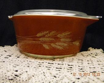 Pyrex Dish Autumn Harvest Wheat stalks kitchen collectibles