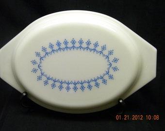 Pyrex Snowflake pattern lid blue white
