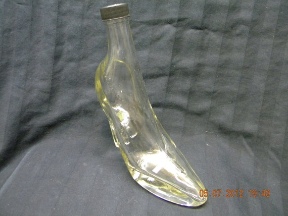 Glass High Heel Boot Bottle with lid