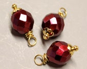 DANGLES - 3 Pcs - Red - 25mm - Faceted - Fire Polished Czech Glass - Wire wrapped - Gold - Ref 35