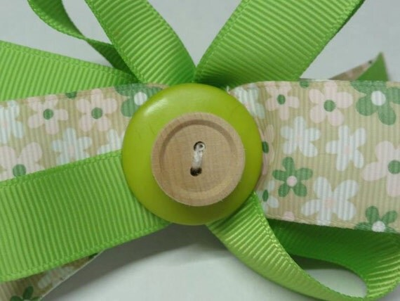Bow  Green and Beige
