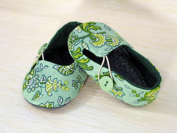 Baby Booties - Newborn, Infant, Baby Slippers, Crib Shoes, Footwear, 0 - 18 Months - Baby Loafers - Boys or Girls