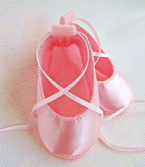 Baby Booties - Newborn, Infant, Baby Slippers, Crib Shoes, Footwear, 0 - 18 Months - Pink Satin Ballerina / Ballet Booties