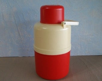 Vintage Picnic Thermos, Plastone's Hot n Cold Picnic Thermos