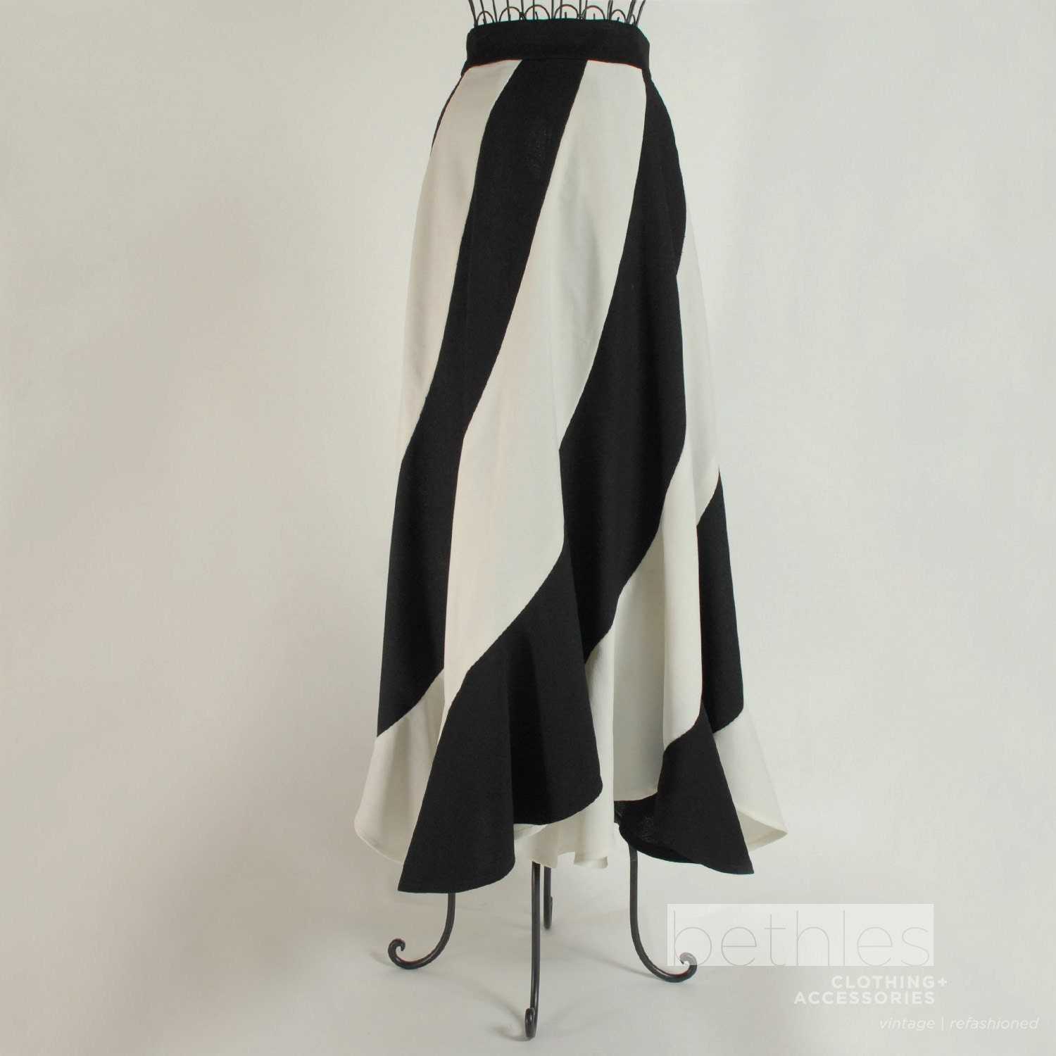 black and white maxi striped skirt vintage 70s by