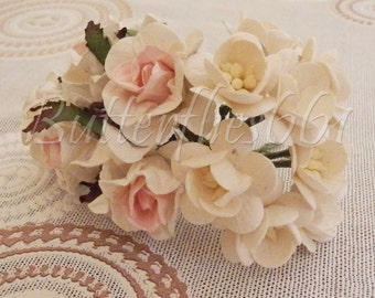 15 Handmade Mulberry Paper Flowers Mixed Sizes of  White Tone Wedding Roses Code GS-921