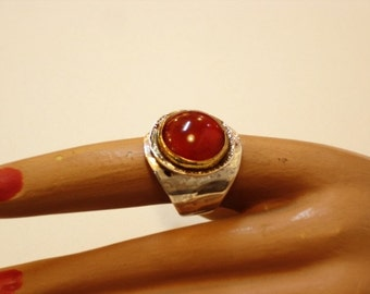 silver ring with carnellian