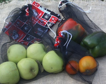 Sale! Set of 3 Black Mesh Produce Bags with Georgia Bull Dogs Fabric Carry Pouch and Carabiner - Show Your College Team Spirit