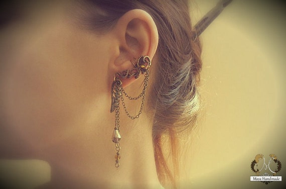Small Victorian Ear Cuff With Chains And Glass Beads