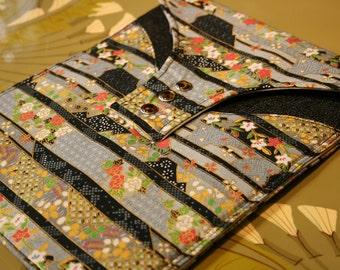 iPad Cover, iPad Sleeve,ART NOUVEAU,padded, Ipad 1, Ipad 2, iPad Case, Ipad Bag, ipad Pouch in a cotton Japanese flower garden print.