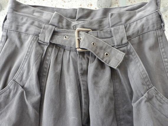 80s Pants / Ton Sur Ton / Gray Paperbag Waist Pants / Self belt / Bellow Pockets / Snap Ankle Closure   / High Waisted