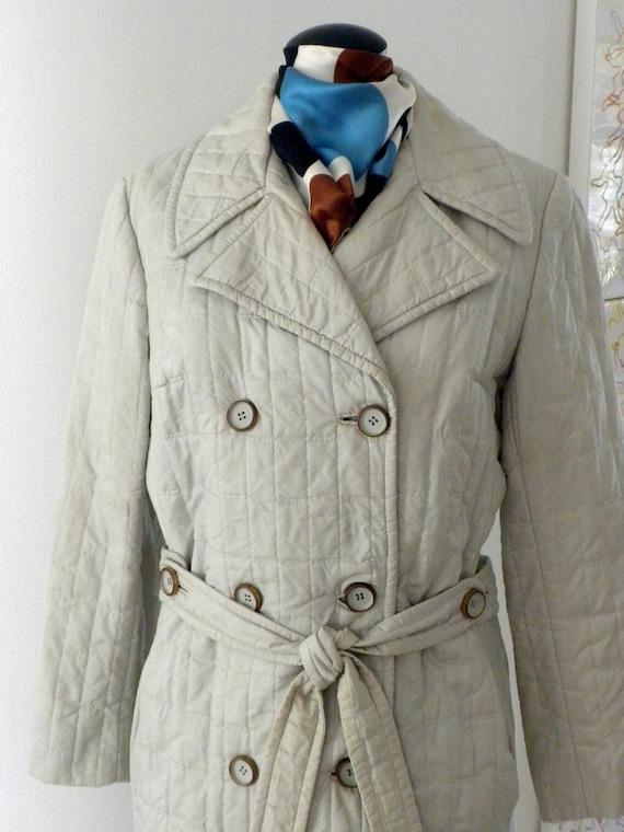 70s Quilted Raincoat / Stone Quilted Raincoat /  Alligator Original / Belted Lightweight Coat / Sz 10