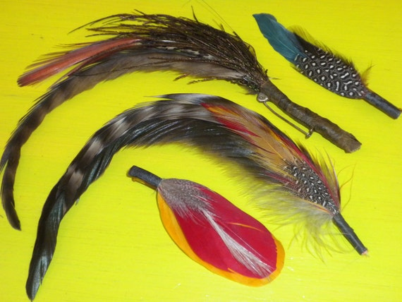 70s Feathers /  1 Pin / 2 barrettes / 1 bunch / COLORFUL / Fun / CRAFTS