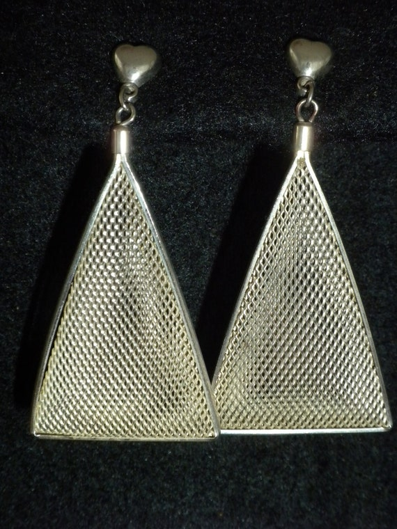 80s dangle triangle mesh earrings silvertone with by luxurylife. Black Bedroom Furniture Sets. Home Design Ideas