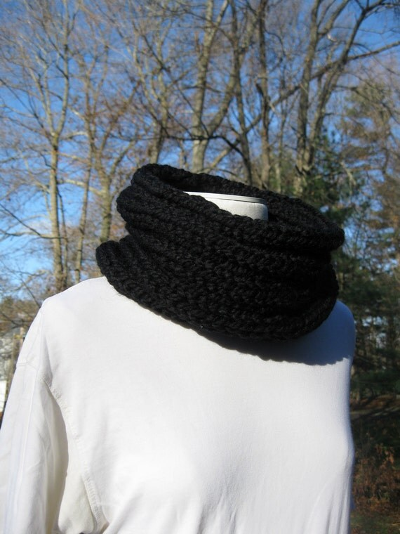 Wool Cowl - Black Onyx