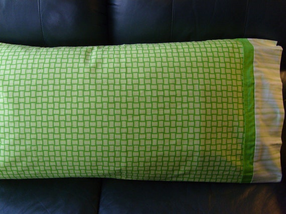 Go for the Green - King Pillowcase Pair