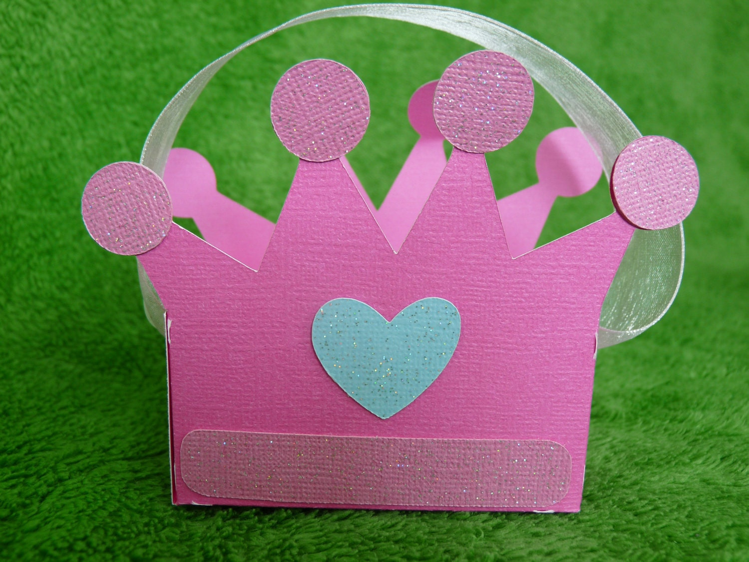 Princess crown favor boxes by lillovebugcreations on Etsy