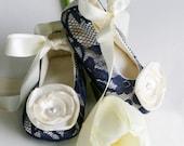 Navy Lace Baby Shoe, Toddler Flower Girl Shoe 23 colors, Wedding Ballet Slipper, Baby Ballet Flat, Crib Shoe, Baby Souls Ballet Slippers