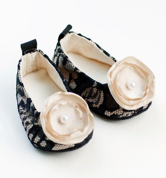 Black Lace Baby Shoe,  Easter Shoe, Crib Shoe, Bootie, Wedding Ballet Slipper, Ballet Flat, Toddler Flower Girl, Dance shoe, Baby Souls Shoe