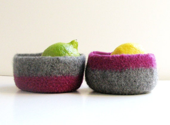 Stripe Felted bowl - eco-friendly Organic - Purple and grey - Set of two