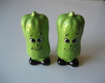 Vintage Chili Peppers Salt and Pepper Shakers