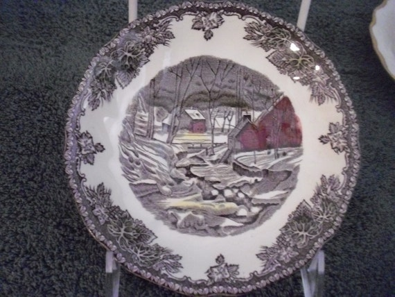 The Friendly Village Replacement Saucer