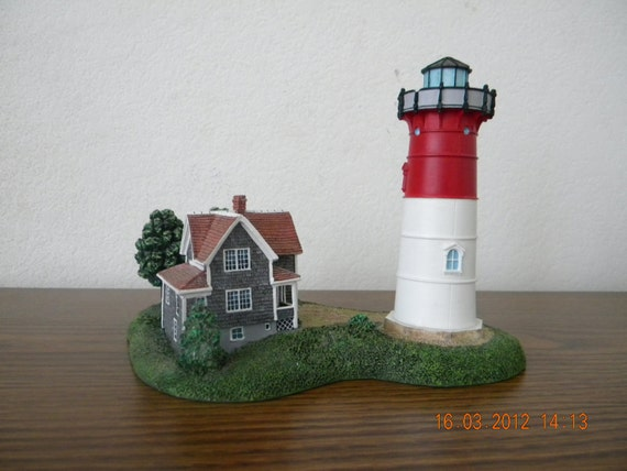 Vintage Danbury Mint Lighthouse Collectible Nauset Light