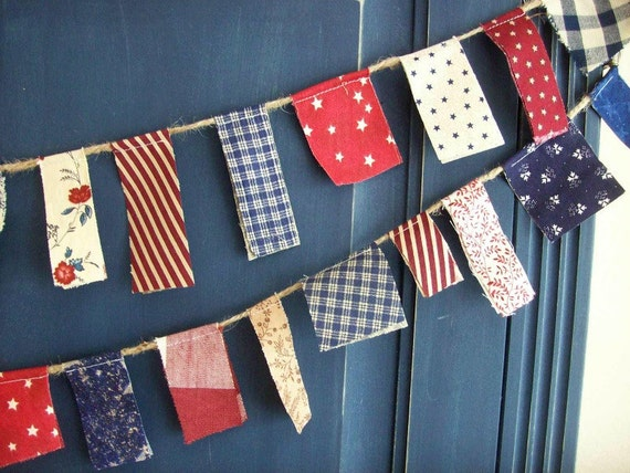 4th of July Patriotic Scrappy Banner/ 4th of July  Banner/ Labor Day  / Party Garland/ Photo Prop in Vintage Red, White and Blue