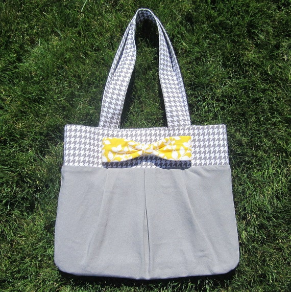 ON SALE NOW -- normally 42.00 -- ready to ship - yellow floral/gray houndstooth large purse