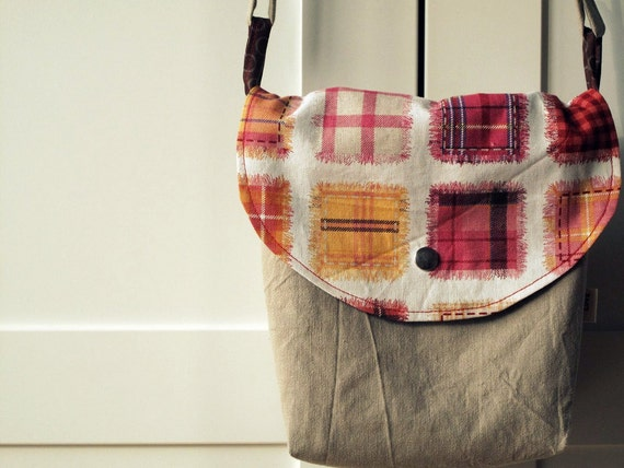 Messenger cross body bag small size, beige cotton canvas and patch print Oxford japanese linen.