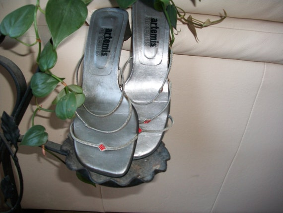 Adorable Vintage Silver Handmade Flats/Sandals with Wire and Rhinestones 7