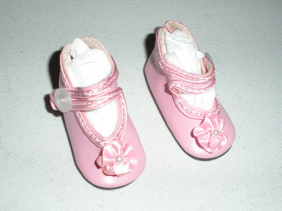 Fits 14 Inch Betsy McCall.....Pink Button Rosette Doll Shoes....Item No.  1351PK