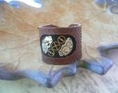 Steampunk leather cuff by Wearist