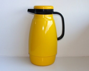Mod Yellow Enamel Insulated Thermal Pitcher Carafe Jug Thermos 70's Thermique Japan
