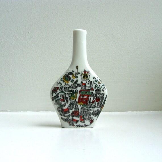 Mid Century Modern Porcelain Map Bottle Munchen Munich Hand Painted Escorial Grun 60's
