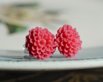 Petite Mum Earrings- Fuchsia-