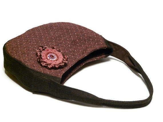 Pink Brown Elegant handbags with crocheted flower brooch