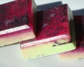 Apple Soap For Men, Red and Green Poppy Seed Soap, Homemade Soap, Best Smelling Soap For Men, Bar Soap